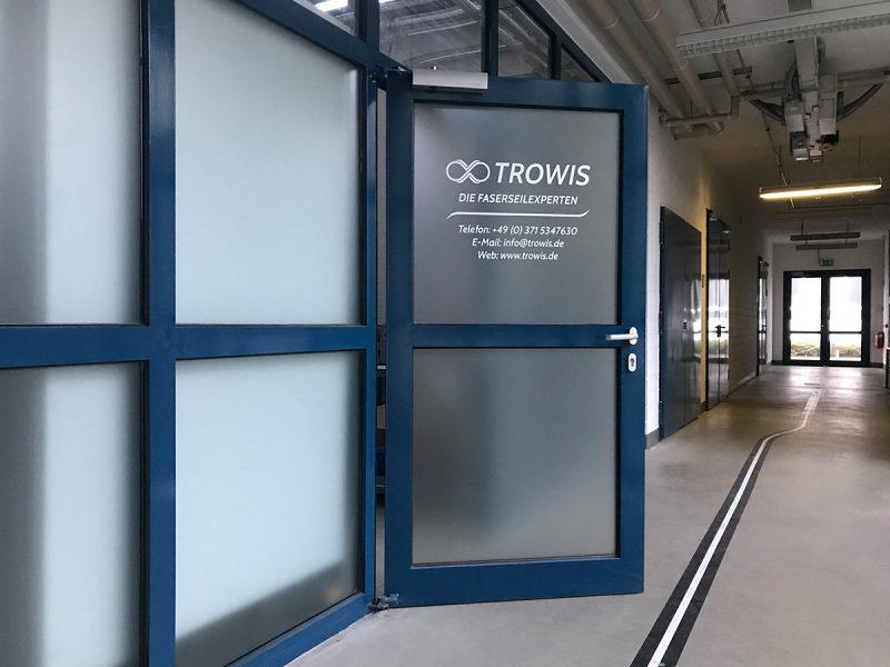 Türfolierung für TROWIS GmbH